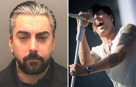 paedo ian watkins recieves death threats from inmates