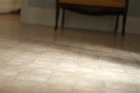 How to Remove Stains From Linoleum   Hunker