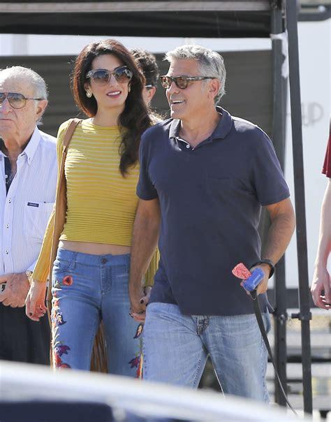Amel Set by George Y Amal Clooney Se Besuquean En El Set Univision