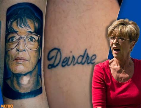 tattoo fixers cat cover up deirdre barlow fan has coronation street star s tattoo