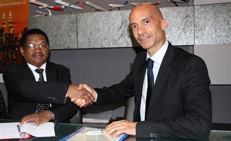 consolato tanzania l avvocato luinese marco conca 232 il nuovo console onorario