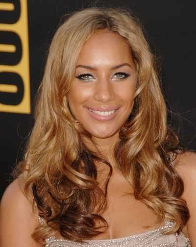 caramel skin color caramel hair color best medium hairstyle