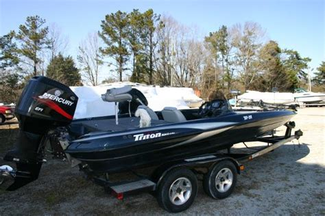 boats for sale in oakwood ga 2003 triton tr21 21 foot 2003 triton boat in oakwood ga