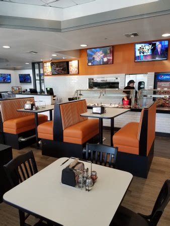 Table Pizza Visalia by Table 4 Picture Of Table Pizza Visalia