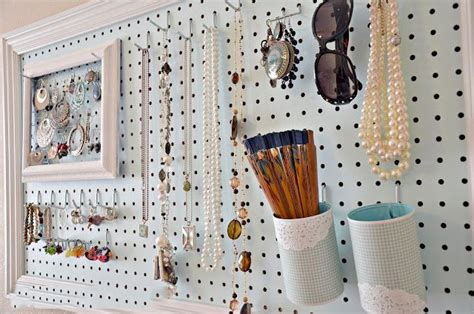 peg board ideas tips para aprovechar el muro y ordenar tus accesorios