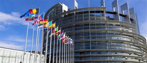 le si鑒e de la commission europ馥nne guide la commission europ 233 enne publie guide du