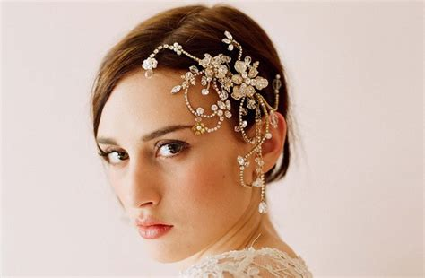 bridal accessories with veil