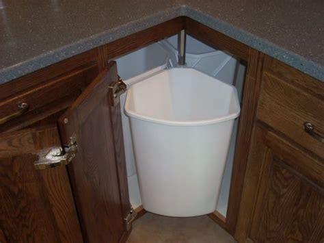 lazy susan for bathroom 25 best lazy susan ideas on pinterest kitchen organization bathroom sink
