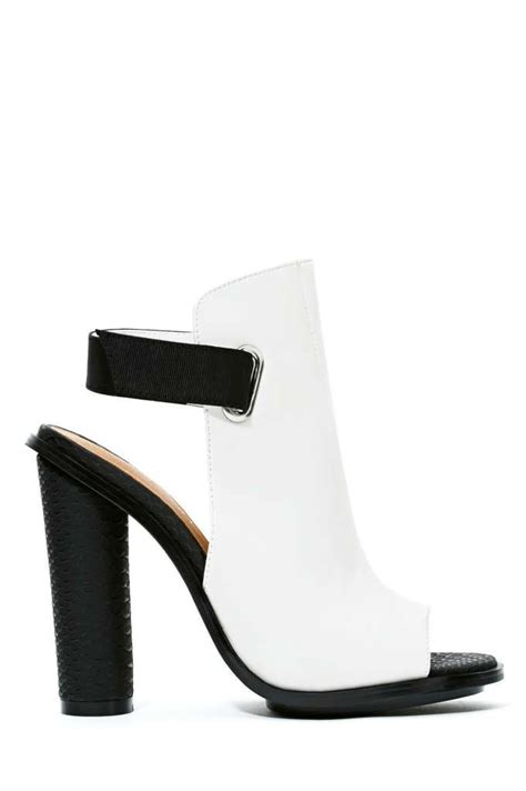 Flat Shoes Big E By Wedges Lucu the 25 best shoe boots ideas on ankle bootie