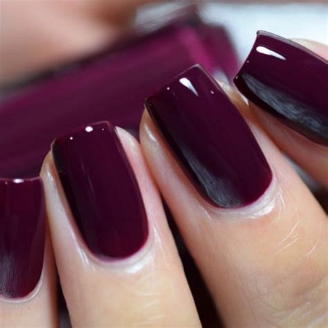 what color finget nail polish for 59 year old entr 233 es essie and ongles on pinterest