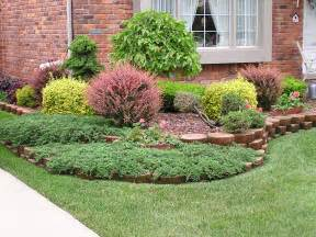 small front yard landscaping house design with various