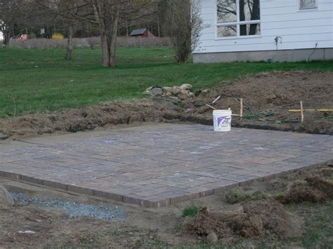 Diy Patio Installation How To Build A Paver Patio Laying Pavers For Patio