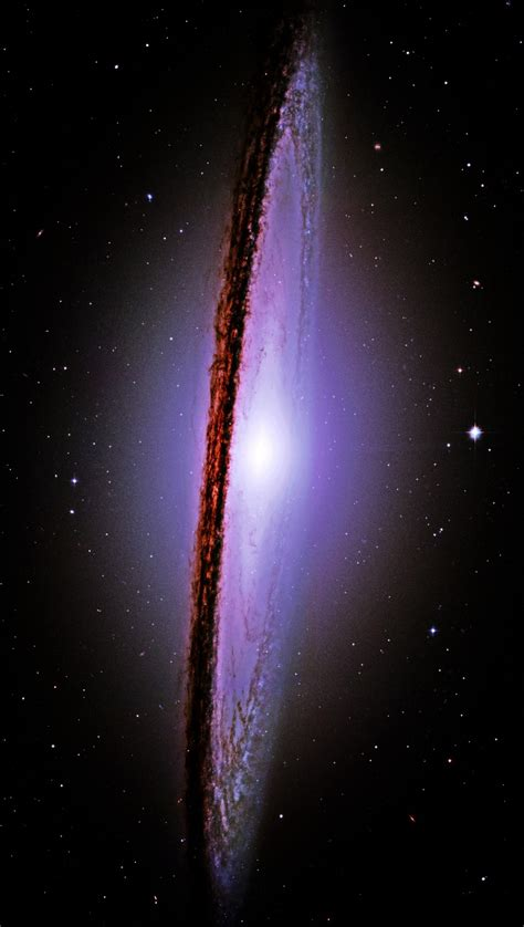 sombrero galaxy the majestic messier 104 m 104 sombrero galaxy hubble