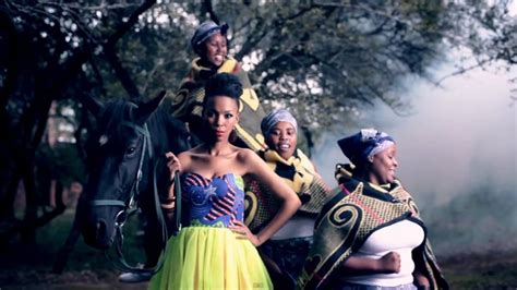 uhuru house music south african house music videos mafikizolo ft uhuru umlilo ft kyle phil bucie