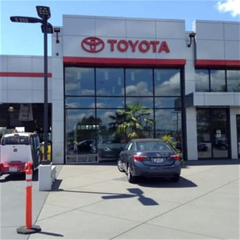 Toyota Of Kirkland Service Toyota Of Kirkland 62 Photos 183 Reviews Auto Repair