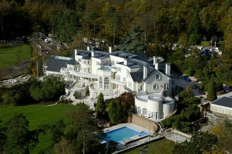 the most luxurious homes in the world top 10 most luxurious houses of the world
