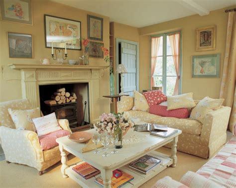 landhausstil wohnzimmermöbel landhausstil harmonie und romantik f 252 r jeden tag