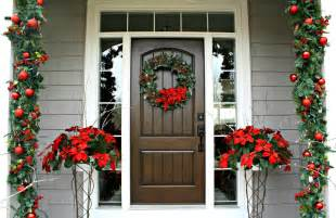 Decorating Porch Columns For Christmas Decorations Red And Green Christmas Home Entrance