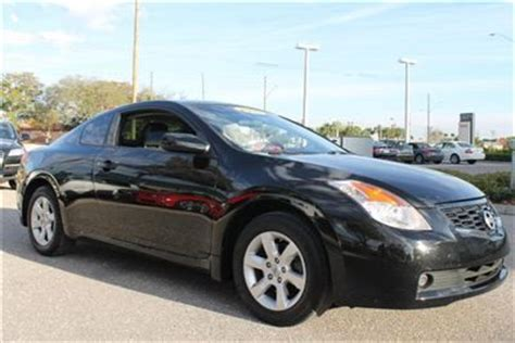 sell   black nissan altima  door coupe