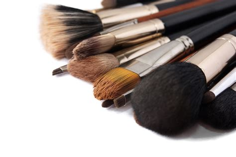 Used Makeup Vanity Makeup Brushes For Applying Cosmetic Cosmetic Ideas