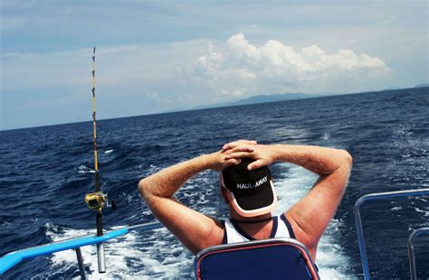deep sea fishing boat cost rooster fishing in costa rica