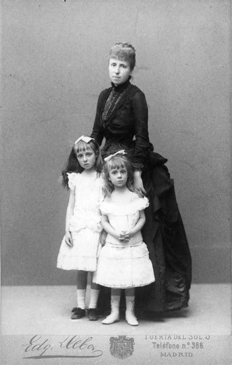 las hijas de alfonso 8490608806 queen regent maria cristina of spain and daughters infantas maria teresa and maria de las