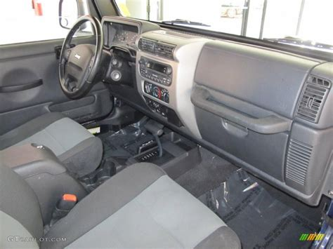 2006 Jeep Wrangler Sport 4x4 Golden Eagle Interior Photo