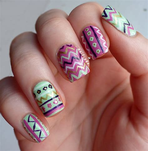 Zig Zag Pattern Nails | nail cake zig zags floral tribal mish mash