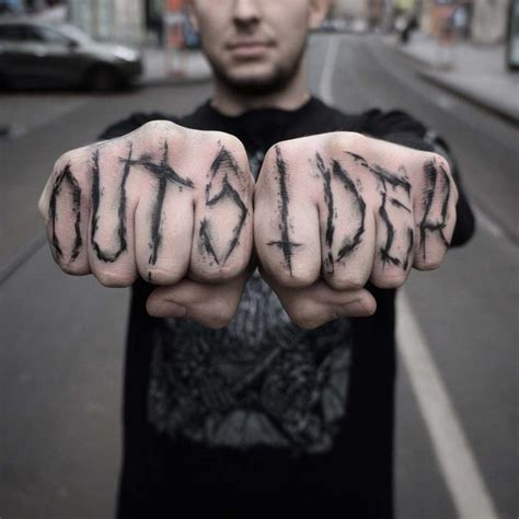 tattoo lettering on fingers outsider tattoo on fingers best tattoo ideas gallery