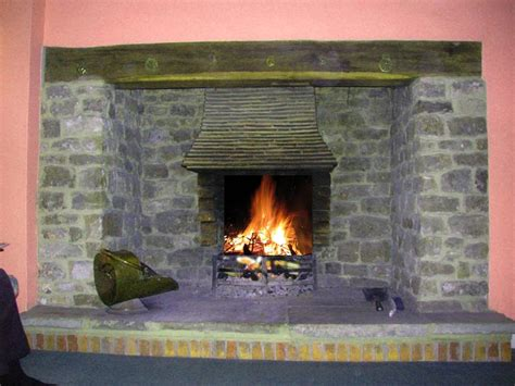 Inglenook Fireplace Ideas by Pin Inglenook Fireplace Designs Cozy Nooks And Crannies On