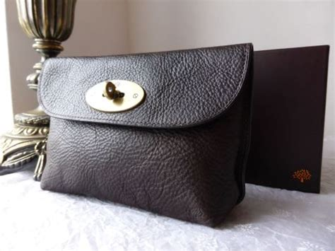 Mulberry Pouch mulberry locked cosmetic pouch in chocolate