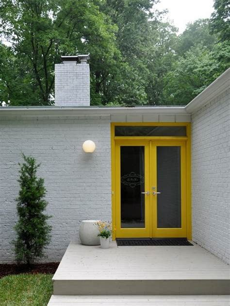 yellow house with door mod home w yellow doors for the home pinterest