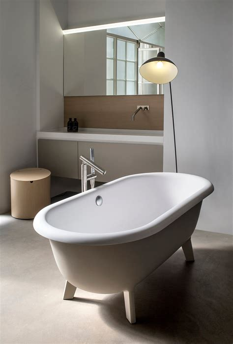 Agape Bathtubs by Artedomus Ottocento Small Bathtubs