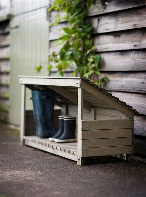 outdoor shoe storage ideas 25 best ideas about outdoor shoe storage on