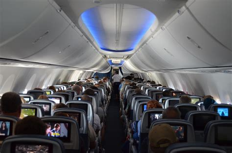 Boeing 737 900 Interior by Boeing 737 900 Interior Www Imgkid The Image Kid