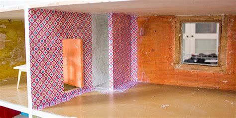 wand mit stoff bespannen neugestaltung eines puppenhauses 2 innenr 228 ume tapezieren