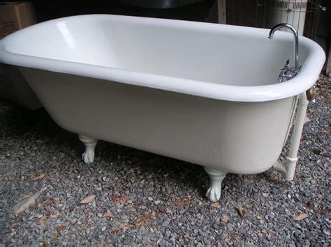 Vintage Clawfoot Bathtubs by To Clean An Antique Clawfoot Tub