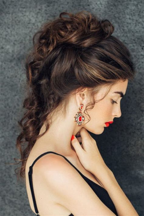 Looking For Romantic Loose Curls Curling You Hair With A
