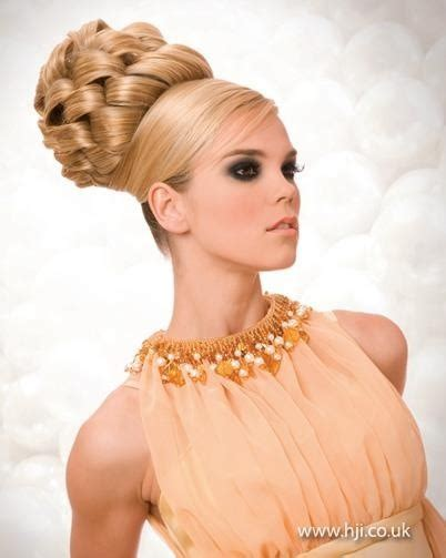 long evening hairstyle 1970s elaborate braided updo hair styles i wish i could do