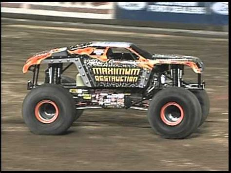 maximum destruction monster truck videos maximum destruction double back flip doovi
