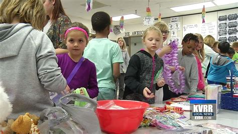 lincoln elementary fargo nd lincoln elementary students set up a one stop dime shop