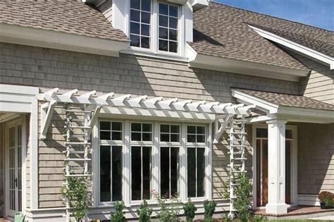 tettoie in legno bianco pensilina in legno tettoie e pensiline costruire una