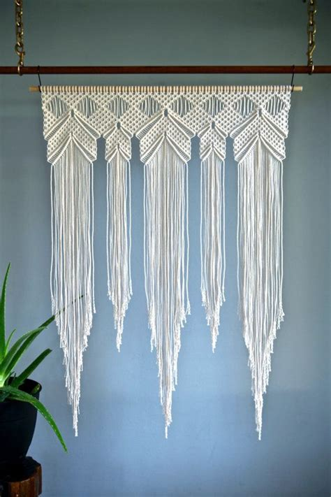 Large Macrame Wall Hanging - 25 best ideas about macrame wall hangings on