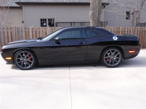 dodge viper tire size dodge challenger custom wheels comp viper 22x9 0 et