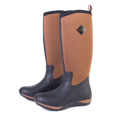 the muck boot company the muck boot company arctic adventure plain black
