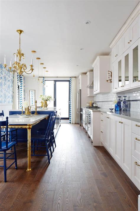 Sarah Richardson Kitchen Designs by Sarah Richardson S Royal Blue Gold And White Kitchen