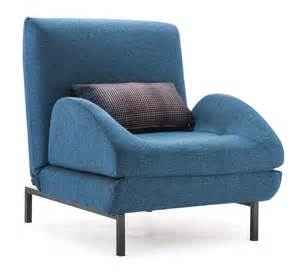 10 stylish and cozy large chairs for the living room