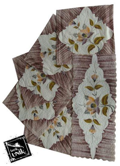 Ezpatal Sarung Bantal Kursi Tamu Satu Set Motif Batik T sarung bantal kursi batik motif batik lukis bunga set