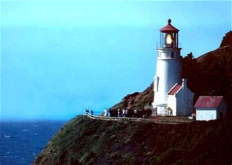 heceta head lighthouse bed and breakfast top 10 oregon s odd inns and unusual places to stay odd inns uncommodations