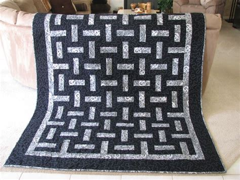 pattern for two color quilt two color quilts can be very impressive quilting